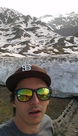 Simon auf dem Gotthardpass